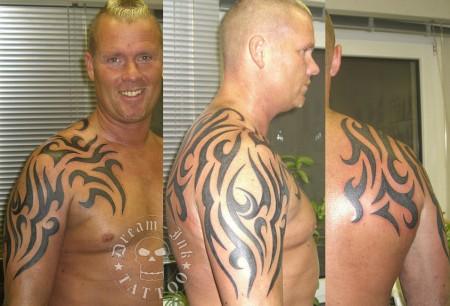 Biker Tribal Vergrößerung Tattoos Von Tattoo Bewertungde