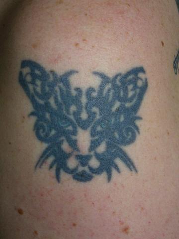 katza alte tribal katze tattoos von tattoo. Black Bedroom Furniture Sets. Home Design Ideas