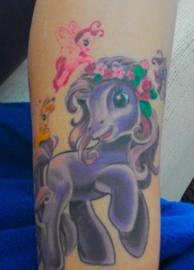 pony-Tattoo: mein pferdchen XD