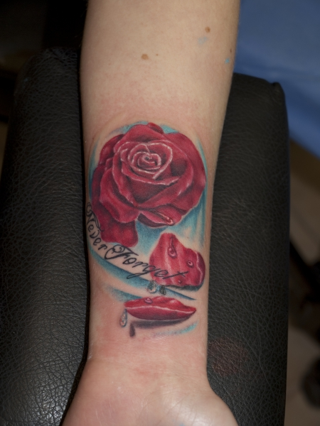 Rose by SoFat