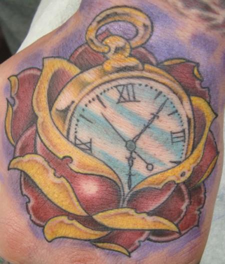 Rose mit Uhr