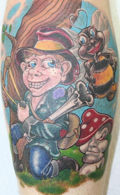 schriftzug-Tattoo: Räuber&Hummel