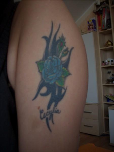 Mein erstes Tatto mit dem namen meiner Tochter!!!