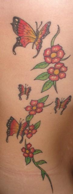 beste tattoos an der k rperseite tattoo. Black Bedroom Furniture Sets. Home Design Ideas