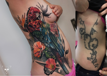 Blumen-Tattoo: Cover up 4 Monate verheilt - Papagei und exotische Blumen