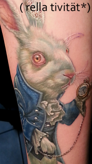 alice-Tattoo: Alice im Wunderland, Hase