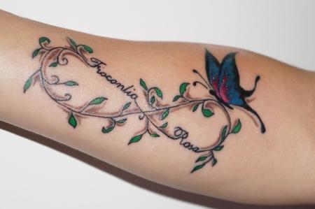 Unendlichkeit-Tattoo: Familientattoo