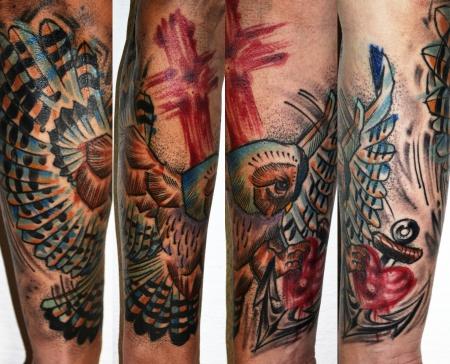glaube liebe hoffnung-Tattoo: Eule verbunden mit Glaube Liebe Hoffnung