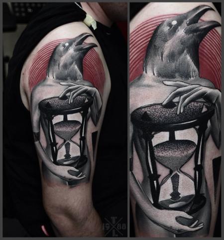 sanduhr-Tattoo: Sanduhr besseres Foto ganz frisch