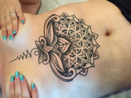 tatsbylea underboob mandala dotwork tattoos von tattoo. Black Bedroom Furniture Sets. Home Design Ideas