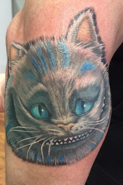 grinsekatze-Tattoo: Alice geht weiter :)