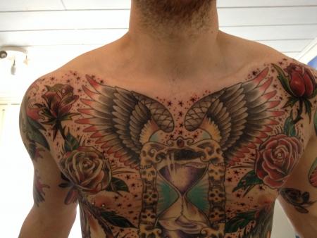 sterne-Tattoo: Sterne auf der Brust