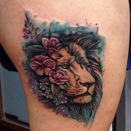Löwe mit Blumen