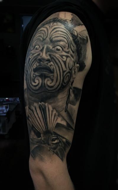 Maori Warrior , gestochen von Constantin Schuldt , Constantin Ink Dresden
