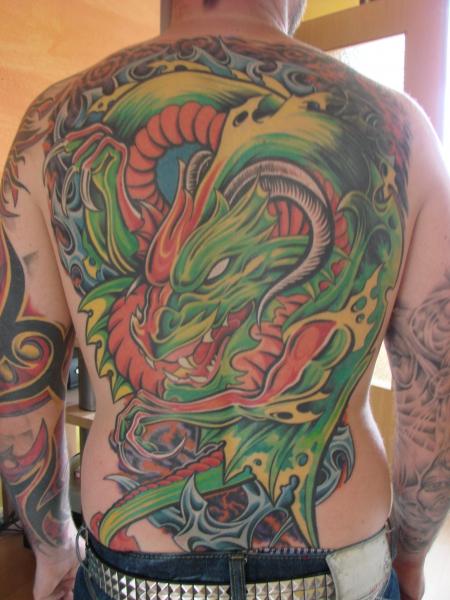 drache-Tattoo: Drache