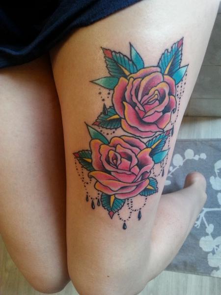 beste blumen tattoos tattoo lass deine. Black Bedroom Furniture Sets. Home Design Ideas