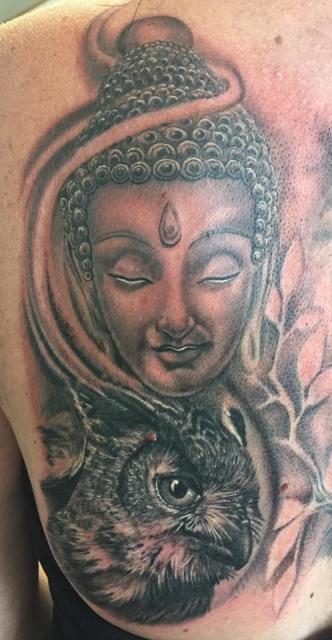 Buddha und Eule