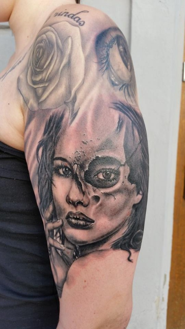 evil saints tattoo frau verg nglichkeit tattoos von tattoo. Black Bedroom Furniture Sets. Home Design Ideas