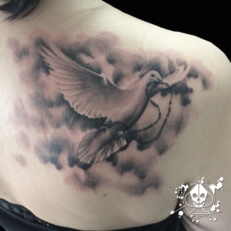 taube-Tattoo: Dove / Taube