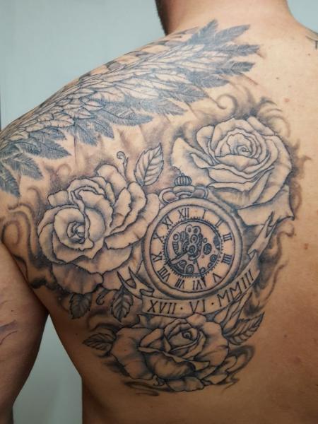 Rosen mit Uhr