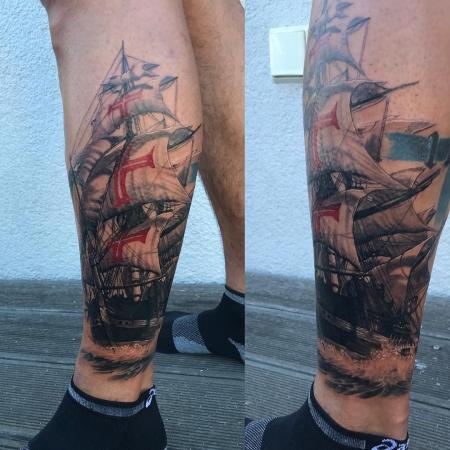 Schiff-Tattoo