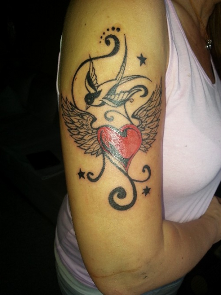 Flying Heart n Swallow
