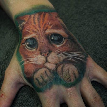 Katzen Hand tattoo