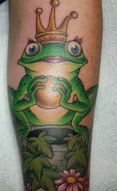 new School-Tattoo: new school Froschkönig