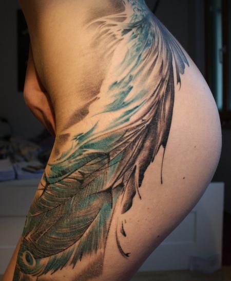 beste tattoos an der h fte tattoo lass deine tattoos bewerten. Black Bedroom Furniture Sets. Home Design Ideas