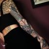 Oberarm verheilt, Unterarm außen frisch - Sleeve black and grey