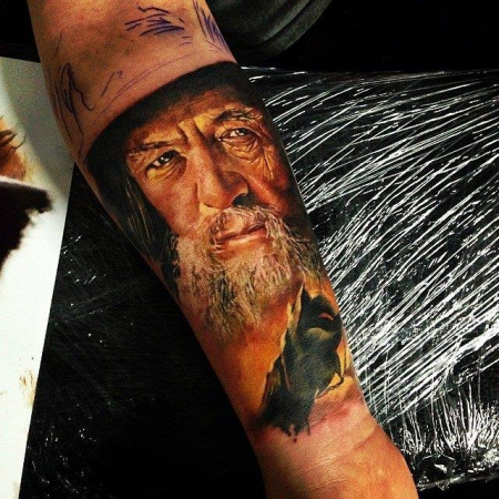 Gandalf Unterarm in Progress www.facebook.com/artfaktors