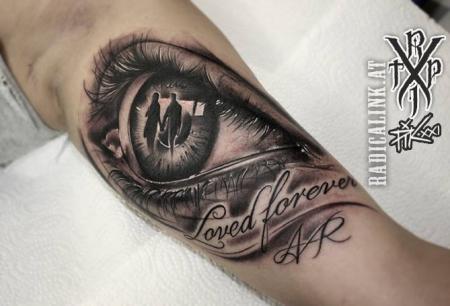 Radical Ink Tattoo Auge Tattoos Von Tattoo Bewertung De