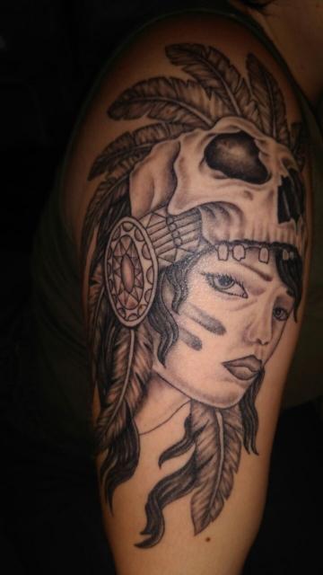snoopy 2017 oberarm tattoo indianer skull tattoos von. Black Bedroom Furniture Sets. Home Design Ideas