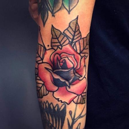 Ellbogen Rose