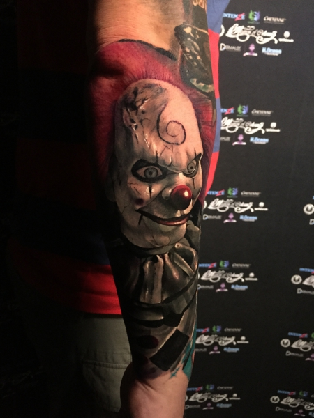 clown-Tattoo: Horror Clown , gestochen von Constantin Schuldt bei Heaven of Colours in Zwickau