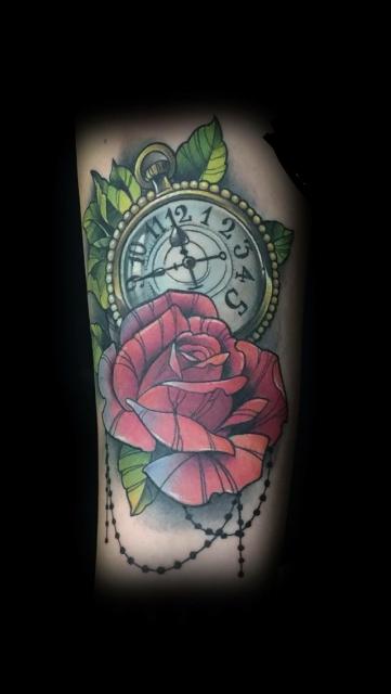 Taschenuhr mit Rosen