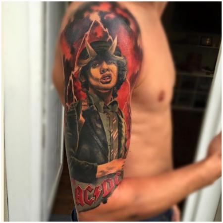 Tattoo von Constantin Schuld, Constantin Ink Dresden