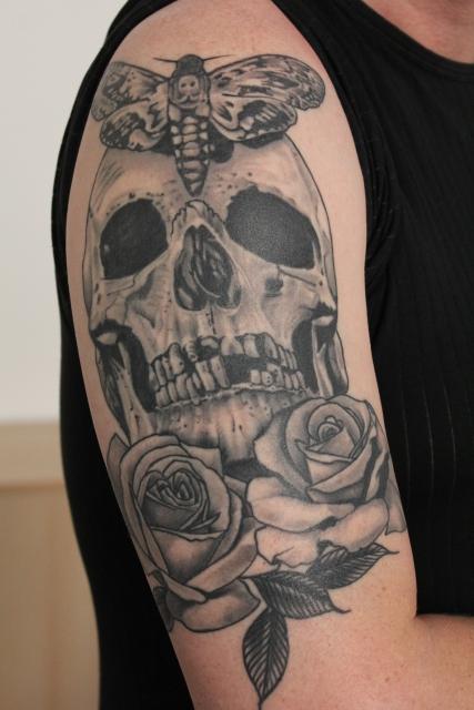 beste oberarm tattoos tattoo lass deine. Black Bedroom Furniture Sets. Home Design Ideas
