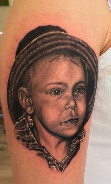 Kinderportrait Black Grey
