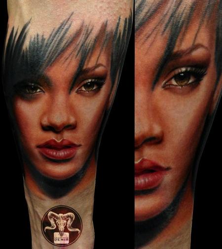 handgelenk-Tattoo: ...