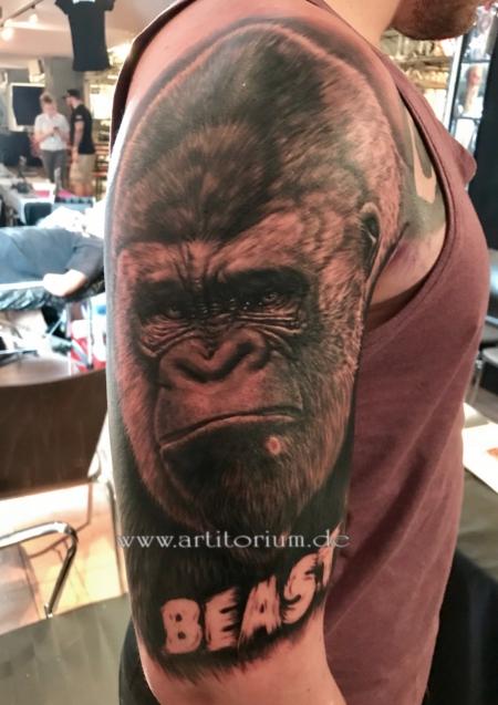 gorilla-Tattoo: Gorilla Porträt