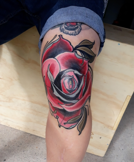 Neotraditional Rose (Knie)