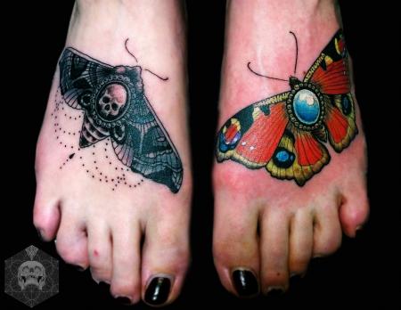 ♥ Motte und Schmetterling Fuß Tattoo ♥