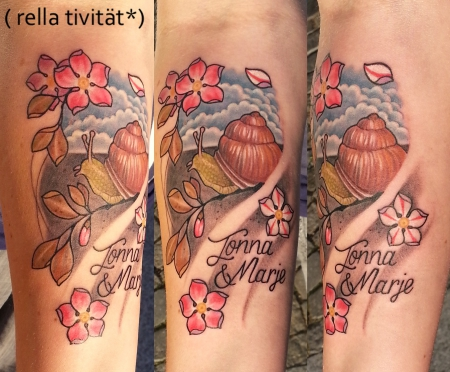 kirschblüten-Tattoo: Schnecke, Kirschblüten