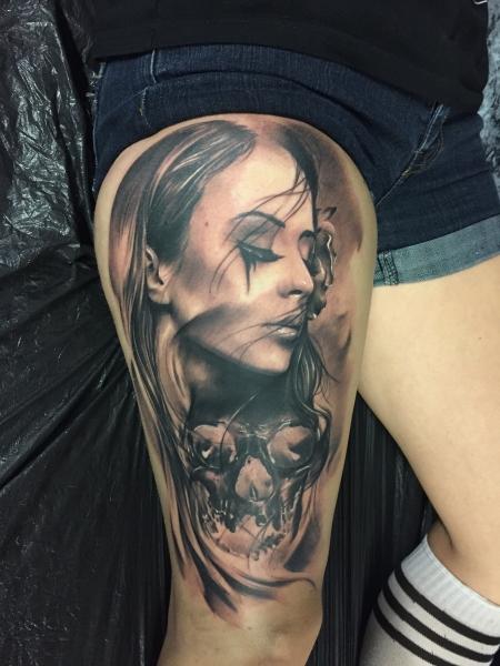 Female Hand Tattoos Designs