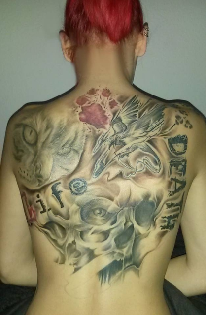 stier-Tattoo: Trash Polka