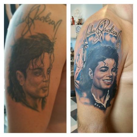 Cover up. ..Eigene Leiche von mir früher . Michael Jackson