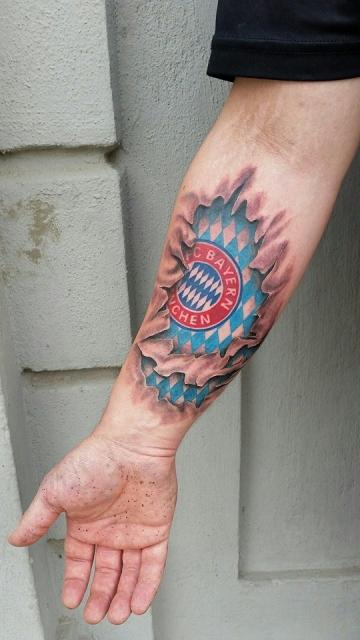 evil saints tattoo fc bayern m nchen tattoo tattoos von tattoo. Black Bedroom Furniture Sets. Home Design Ideas