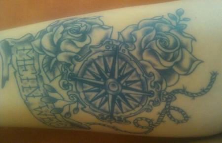 naddlwlf meinweg kompass rosen tau abgeheilt tattoos. Black Bedroom Furniture Sets. Home Design Ideas