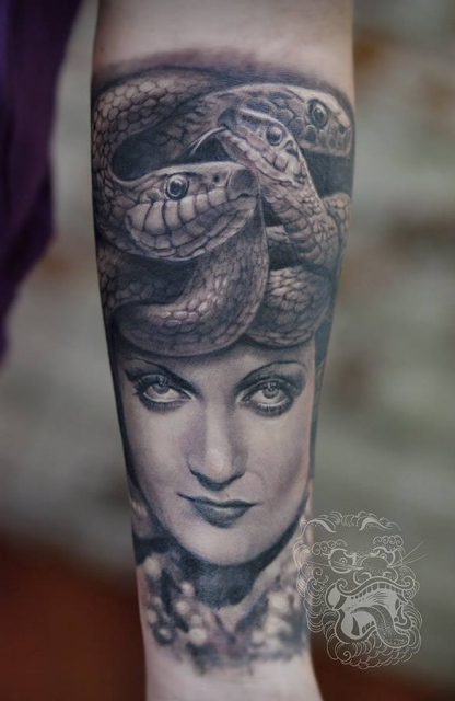 Medusa by Malan Tattoo Neuwied